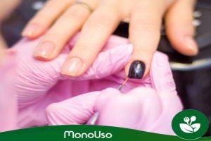 Guanti monouso per manicure e pedicure